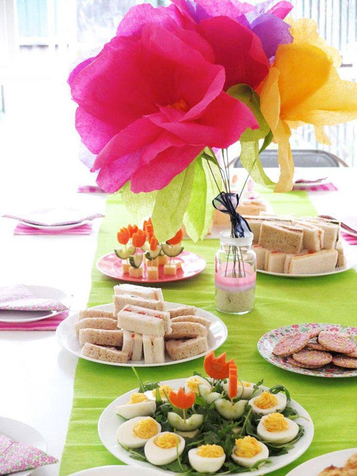 33 garden party tables decor ideas table decorating ideas for Artificial flowers decoration ideas