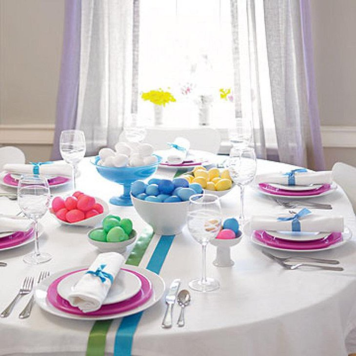 Fast And Easy Colorful DIY Easter Table Settings