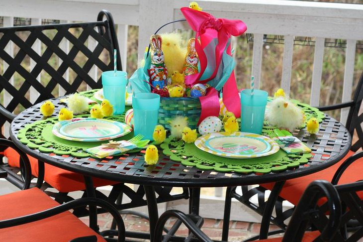 Kids Bunny And Gifts Table Decorations For Easter